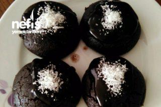 Islak Kurabiye (Çikolata Soslu-Browni Tadında) Tarifi
