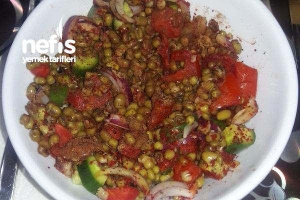 Diyet Maş Fasulye Salatası Tarifi