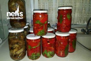 Kışlık Hazırlıklardan Kırmızı Köz Biber Ve Köz Patlıcan Tarifi