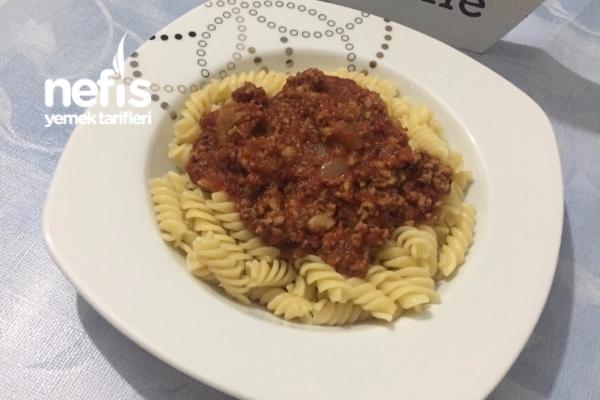 Makarna Bolognese Tarifi