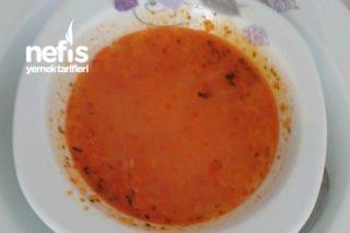 Tavuk Suyuna Domates Çorbası Tarifi