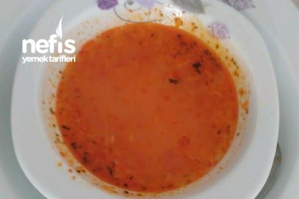 Tavuk Suyuna Domates Çorbası