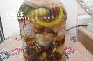 İçli Dolgulu Kapya Ve  Yeşil Biber Patlıcan Turşusu Tarifi