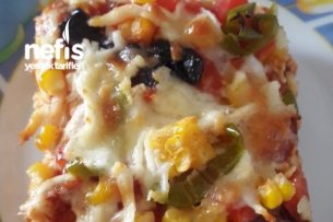 Tavuklu Dilim Pizza Tarifi