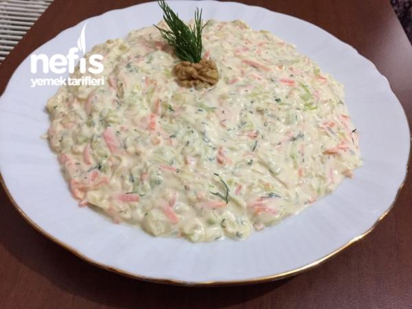 Beyaz Lahana Salatası (havuçlu Dereotlu)