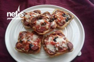 Tost Ekmeğiyle Nefis Pizza Tarifi