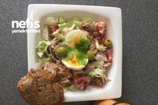 Ton Balıklı Salata (80.3 Kg) Tarifi