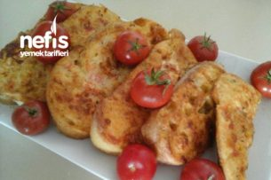 Kahvaltıya Balık Ekmek (Domatesli, Yumurtalı ) Tarifi