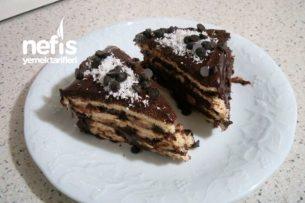 Üçgen Pasta ( Aşırı kolay:)) Tarifi