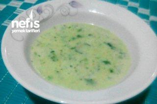 Sütlü Ispanak Çorbası Tarifi
