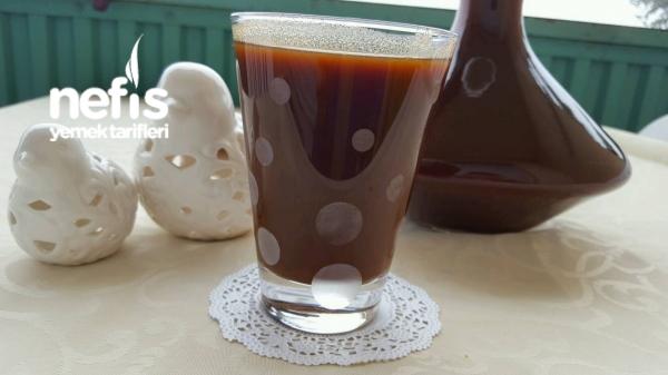 hastalik için bire bir kış içecegi ( kuşburnu hoşafi)