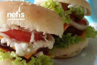 Miss Cheddar Peynirli Hamburger Tarifi