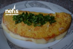Patatesli Kaşar Peynirli Omlet Tarifi