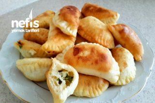 Kahvaltılık Mini Börekler Tarifi