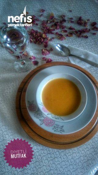 Sağlıklı Mandalinalı Havuç Çorbası