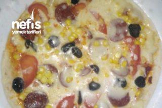 Lavaş Pizza (İncecik) Tarifi