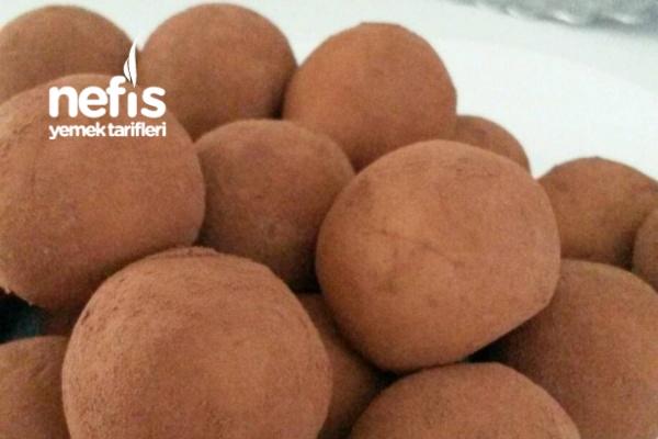 Badem Ezmeli Toplar (maripankartoffeln)