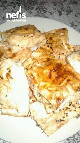 Etli Börek (tavuk Göğsünden)