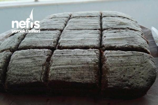 İngiliz Usulü Havuçlu Üzümlü Kek
