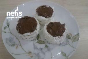 Bisküvili Mini Pasta Tarifi
