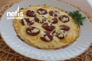 Sucuklu Pizza Yumurta Tarifi
