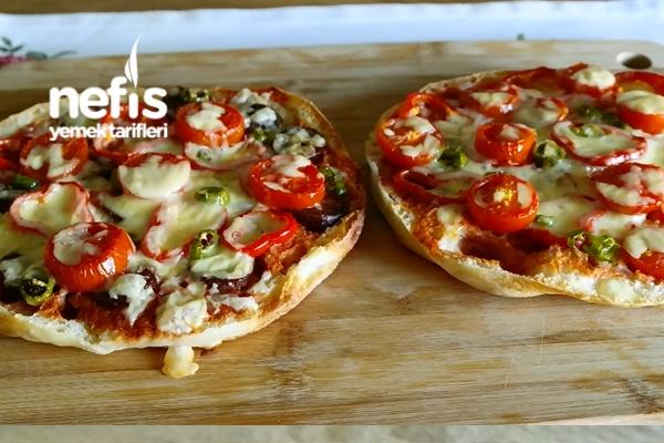 Bazlamadan Pratik Pizza