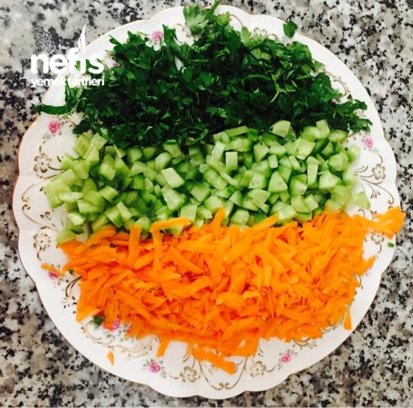 Kolay Ve Leziz Yoğurtlu Salatam