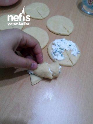 Peynir Dolgulu Poğaça