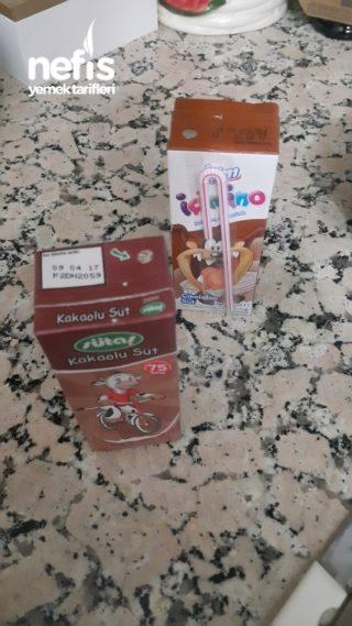 Kremalı Beyaz Çikolata Soslu Brownie