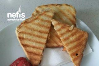 Köy Peynirli Tost Tarifi