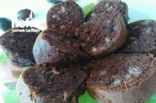 Çikolatalı Cevizli Kestaneli Yumoş Kek Tarifi