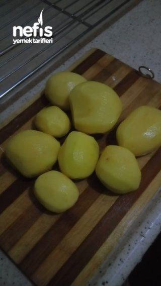 Patatesle Yoğurt Çorbası