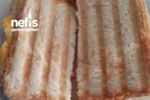 Yumurtalı Kaşarlı Tost ( 10ay) Tarifi