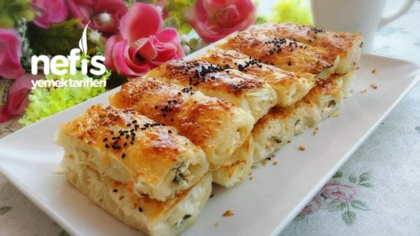 Baklava Yufkasından Peynirli Börek