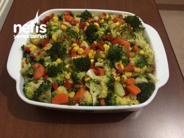 Nefis Brokoli Salatası (Bol vitaminli)