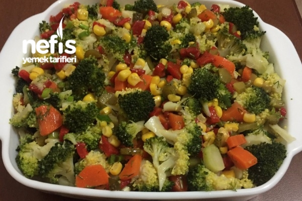 Nefis Brokoli Salatası (Bol Vitaminli) Tarifi