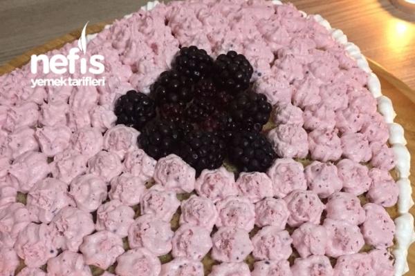 Pratik Yıldönümü Pastası Tarifi