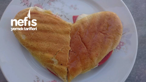 Aşk Tostu ((kalp Şeklinde))