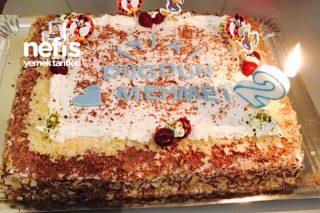 20 Kişilik Doğum Günü Pastası Tarifi