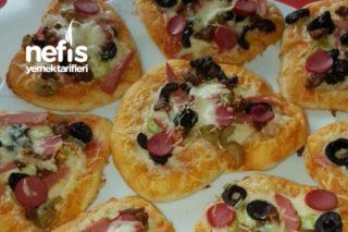 Pizza (Yumuşacık) Tarifi