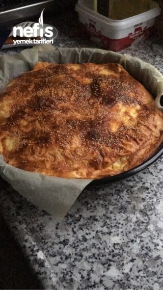 Peynirli Pırasalı 3 Yufka Böreği