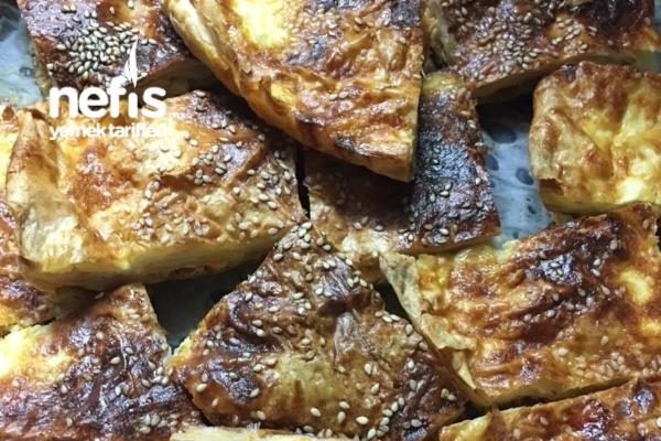 Peynirli Pırasalı 3 Yufka Böreği Tarifi