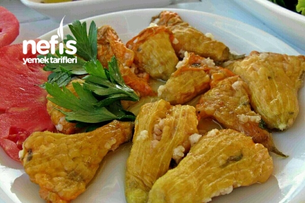 Kıbrısa Özgü Çicek Dolması Tarifi