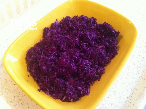 Mor Lahana Salatası ( Tembel İşi)