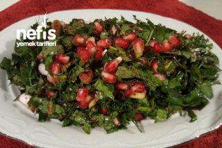 Narlı Zahter Salatası  (Kahvaltılık) Tarifi