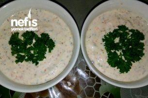 Sos Tarifleri - Nefis Yoğurtlu Sos (Kızartmaların,Böreklerin Vs Yanına) Tarifi