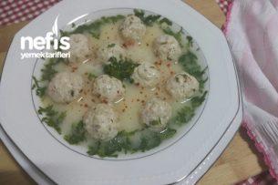 Tavuk Köfteli Çorba