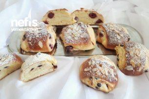 Pudingli Vişneli Tatlı Çörek