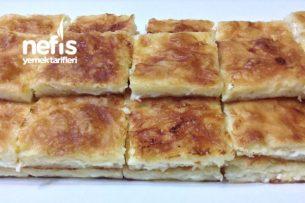 Peynirli Tepsi Böreği ( Su Böreği Tadında )