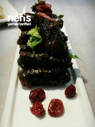 Osmanlı Mutfağından Vişneli Yaprak Sarma